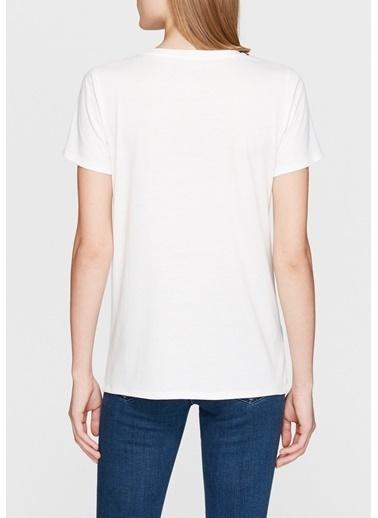 Mavi Nakış Detaylı Tişört Beyaz